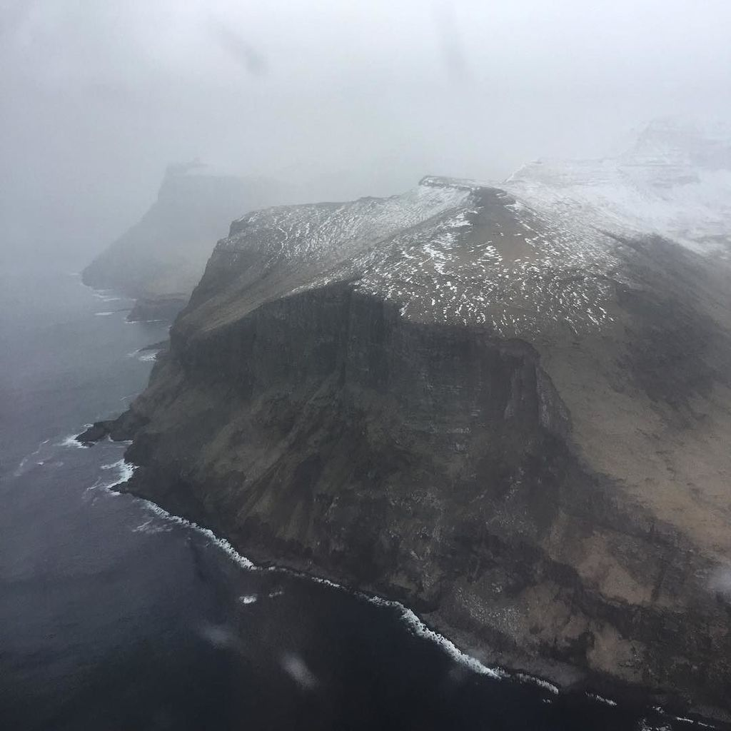 Welcome to the #FaroeIslands, People ! https://t.co/f96tIvzVHv https://t.co/clEHJtdZqy