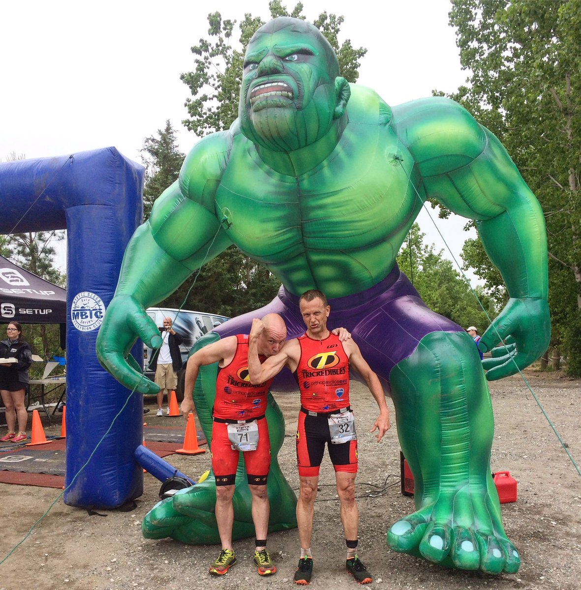 Guns n Poses with @cfbonner62 . That was one salty flavored bicep.  @xterraoffroad #myrtlebeach #hulk <br>http://pic.twitter.com/2aD3WrAr25