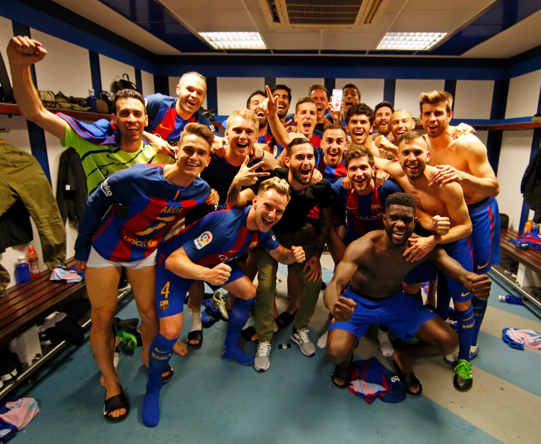 Messi video calling Neymar and including him in Barça's group pic is just ❤️❤️