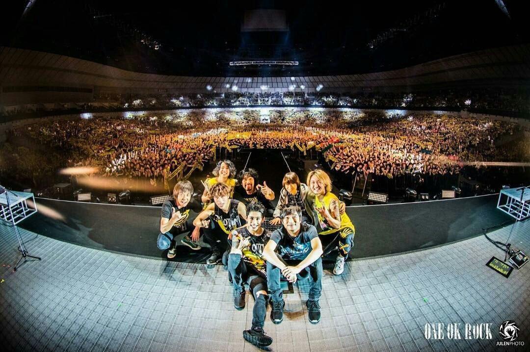 "【ONE OK ROCK 2017 ""Ambitions"" JAPAN TOUR】 ONE OK ROCK ✕ Mr.Children  #ONEOKROCK  #mrchildren https://t.co/aTE0oWm8bB"