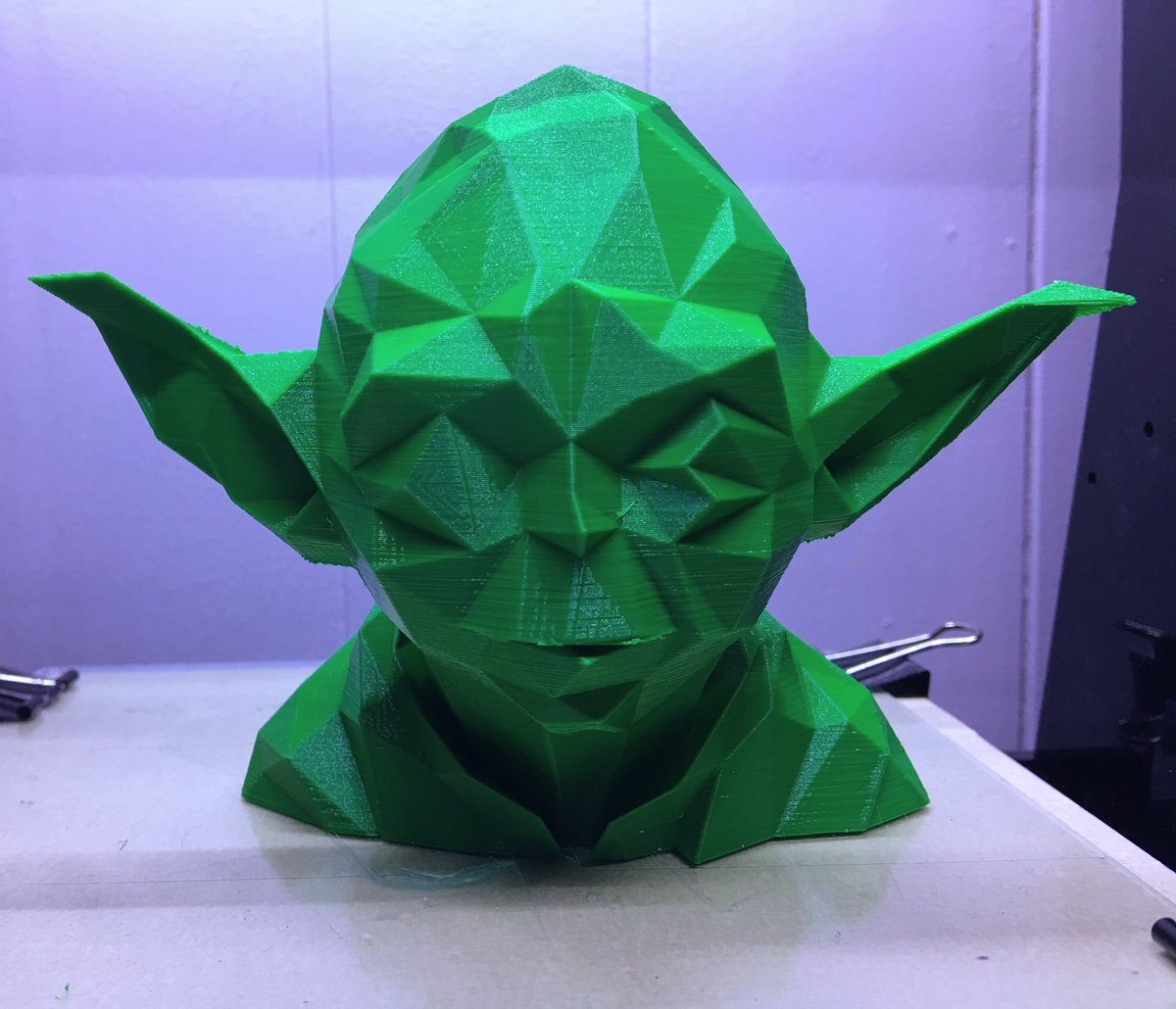 #yoda is complete! I like the rainforest green #pla color @protoparadigm #5dollarfilament #3dprinting #3dprint #anet #a8 #starwars <br>http://pic.twitter.com/5OvRRGeRGU