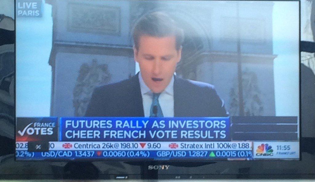 Le #MacronTrade jusqu'aux US à l'ouverture ! #BfmBusiness #Avoté pic.twitter.com/cdFMxaCc9O