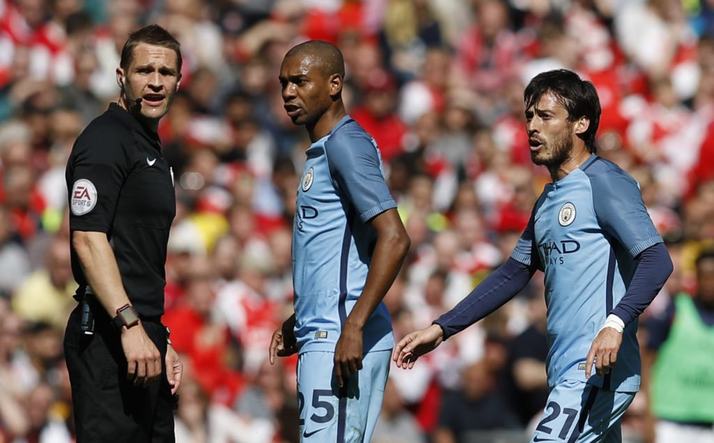 REFSHOW: Ahead of today&#39;s show, how do you think Craig Pawson did in the #afcmcfc game?  #afc #mcfc #Arsmci #AFCvMCFC<br>http://pic.twitter.com/p9aME6WMqt