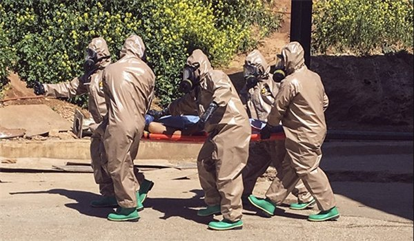 Ex-CIA Officer: US Officials Behind Chemical Attack in #Syria  http:// fna.ir/SSSEJX  &nbsp;  <br>http://pic.twitter.com/zqfC8Het3F