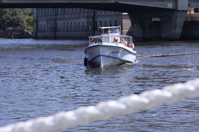 лодки на московском проспекте калининград
