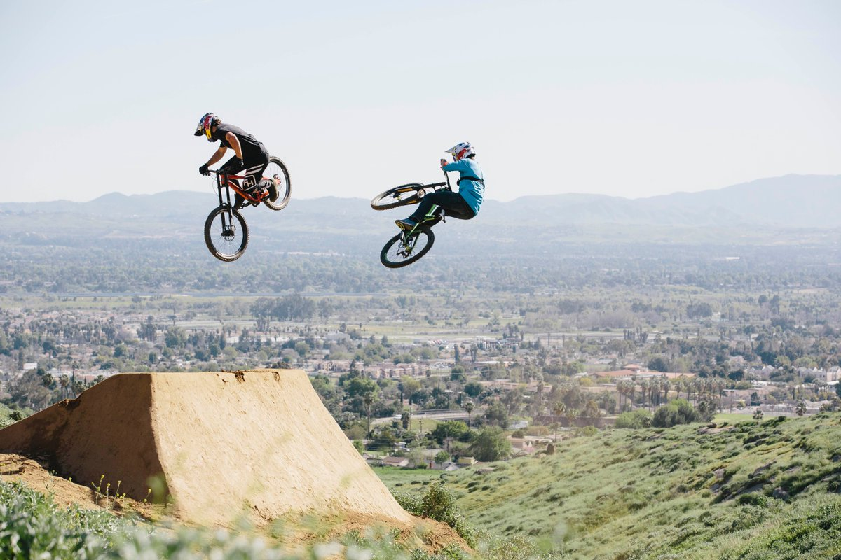 extreme sports 5 essay The world's most dangerous sports csu expository reading and writing modules extreme sports | 5 street luging 23 back in the 1970s, californian kids practiced.