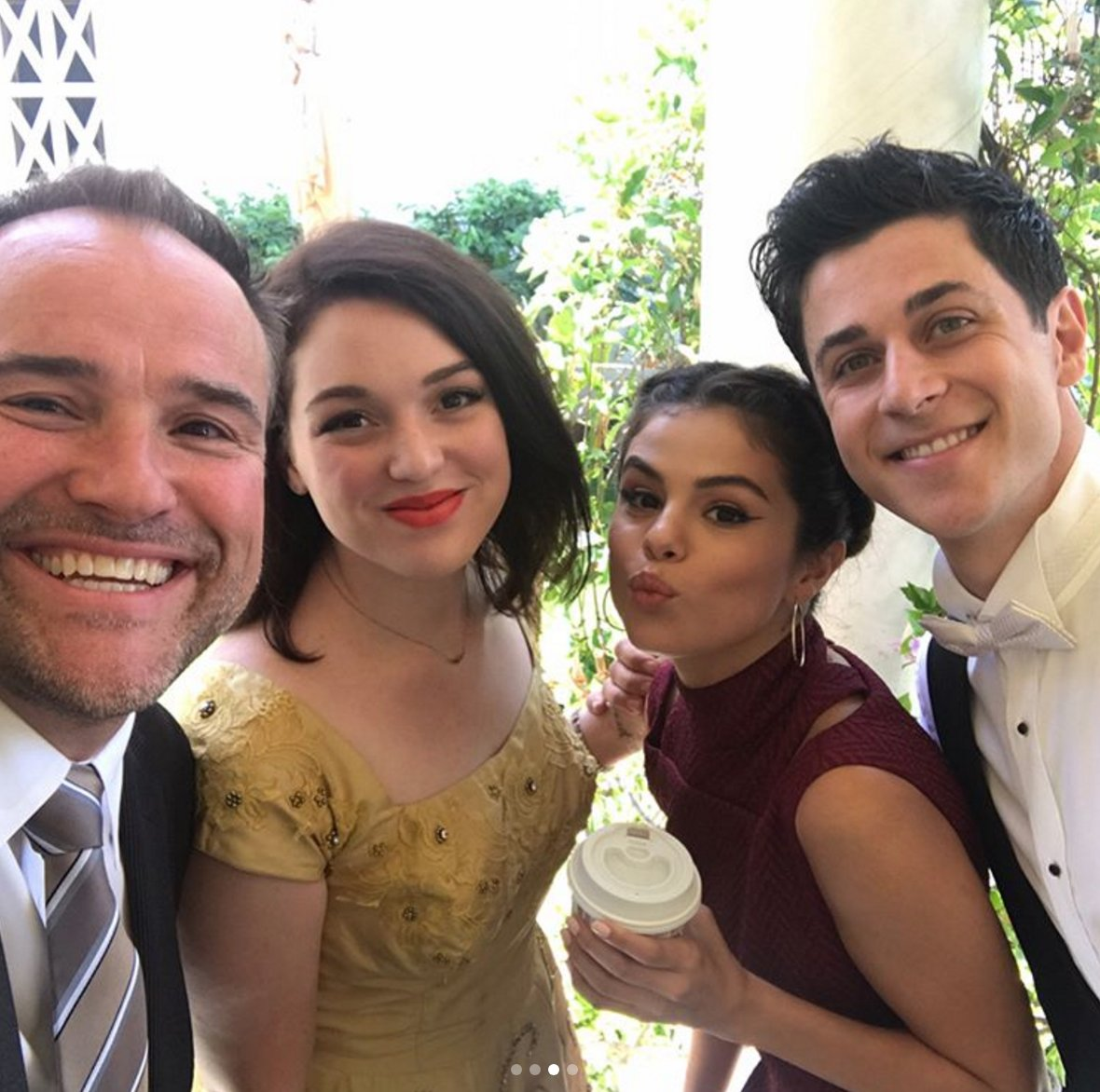 The #WizardsOfWaverlyPlace cast reunited for @DavidHenrie's wedding: h...