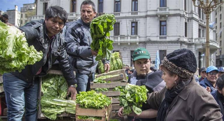 Productores realizarán un nuevo #verdurazo en reclamo por una ley de '...