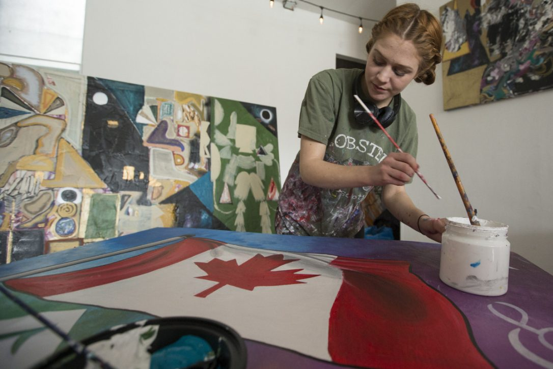 Youth use art to convey reasons to love Canada: https://t.co/CNfTZI2iV...