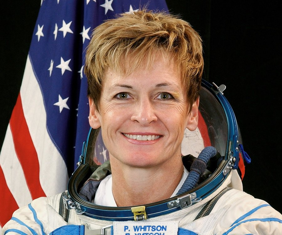 Congratulations to @AstroPeggy for breaking the record for longest time in space by a U.S. astronaut! #womeninSTEM https://t.co/2qGNi78V5t