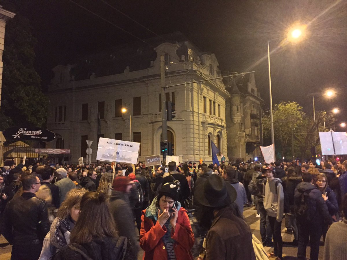 Protestors chanting Europe!, Democracy! at Fidesz HQ