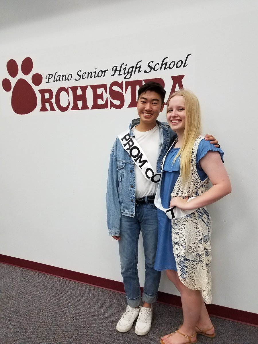 Vote for our orchestra reps on Prom Court: Stanley Chang and Blair Baumann!!! Vote online - ends Friday. #prom #orchestra <br>http://pic.twitter.com/Q0lpT9SVeY