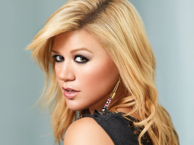 First she won American Idol, then she won our hearts! Wishing a happy birthday to Kelly Clarkson!