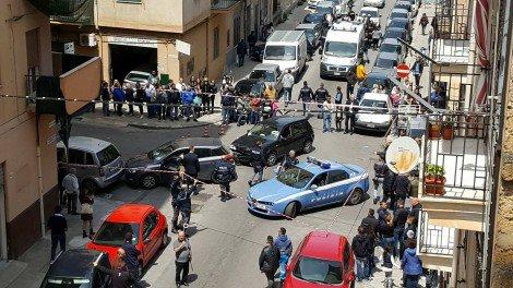 Drammatico incidente in via Giorgio Arcoleo, due bambini investiti sono gravissimi (FOTO) #blogsicilianotizie www… https://t.co/PX1YAyH5gh