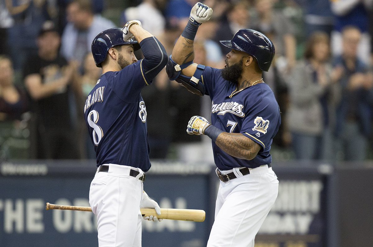 .@EricThames keeps on crushing with his 2nd home run in as many at bats today! #THMES #ThisIsMyCrew #MILvsCIN<br>http://pic.twitter.com/tU1bctIIx4