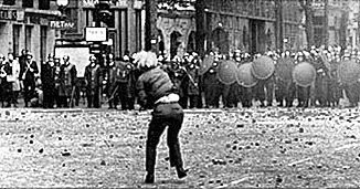 Teaching about 1968 today. 49 years ago, this is what France did to racism. Where the fuck did we go wrong in the meantime ?  #putain #cest… <br>http://pic.twitter.com/BZl69b7oF4