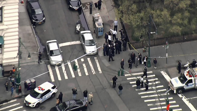 #BREAKING: Police say a 32-year-old woman has been shot near Battery Park   <br>http://pic.twitter.com/g5lg9xotyb