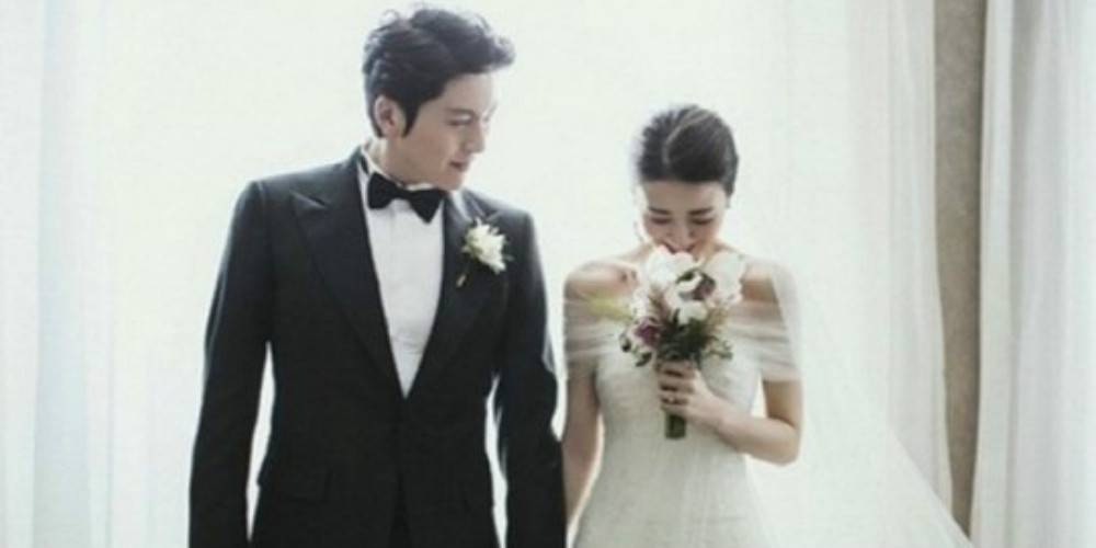 Park Ha Sun and Ryu Soo Young reportedly expecting their first baby!