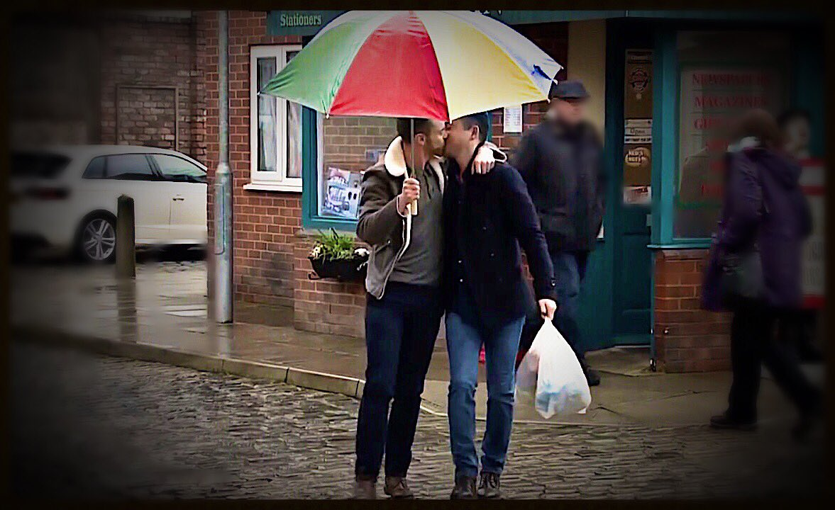 This should be on billboards everywhere  #todd #corrie #tilly #billy <br>http://pic.twitter.com/iL3haYS9sJ