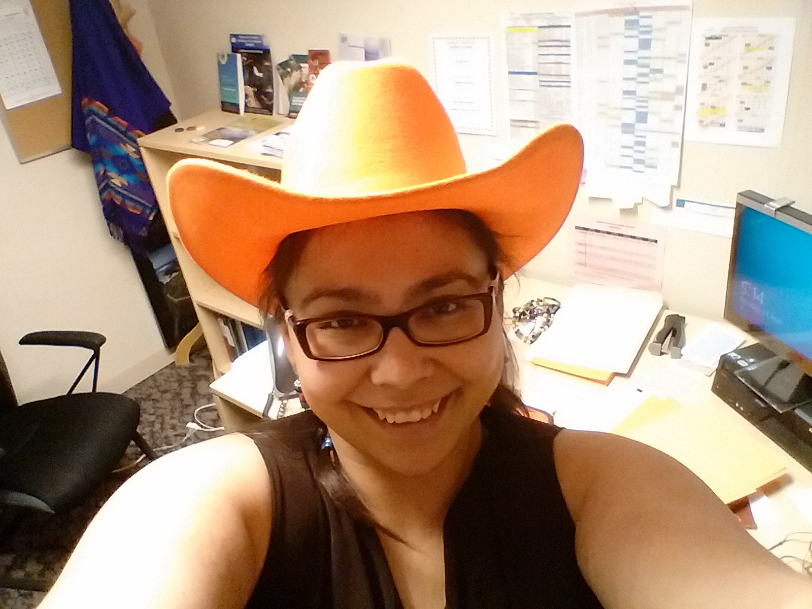 First day at my new job. Great welcome and officially one of the staff sporting my Raider Orange cowgirl hat! #YRHS https://t.co/opq6KiQuIc