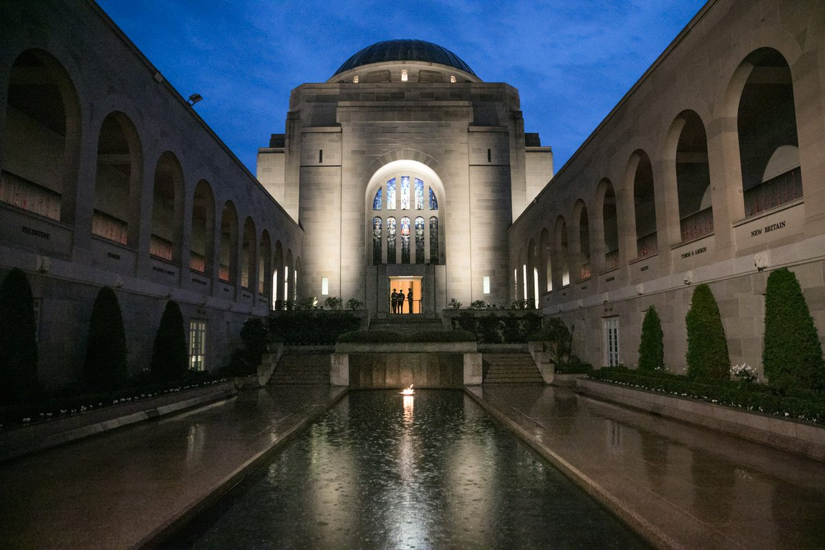 Lest we forget - #AnzacDay Dawn Service at the Australian War Memorial...
