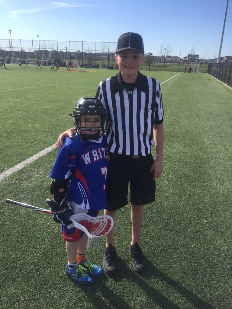 As a former ref, super proud of my son after reffing his first games last weekend. @OMFLL @OntarioLacrossepic.twitter.com/wOzDLYGztR