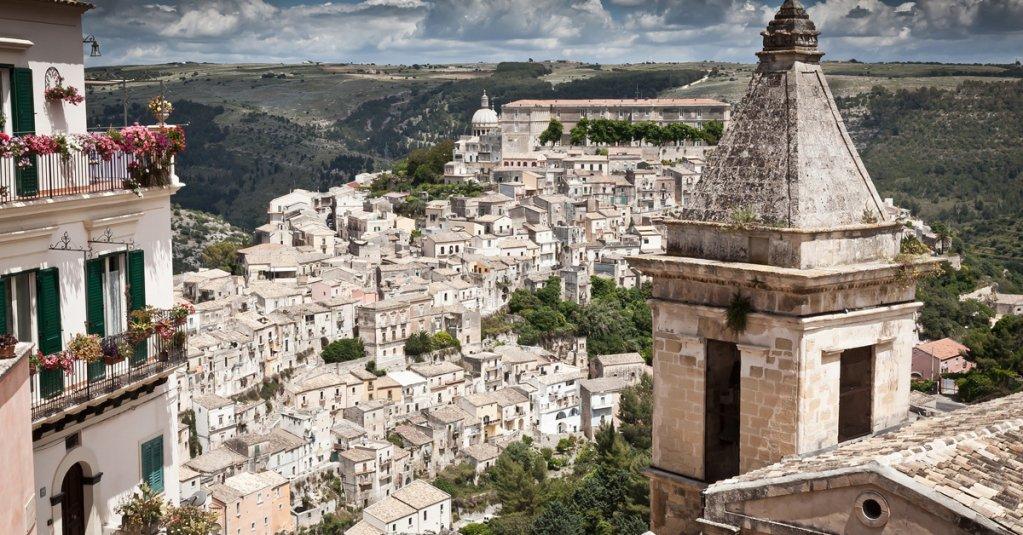 "Ragusa, l'""isola nell'isola""   #blogsicilia #ragusa  https://t.co/Lp4PpRryXZ"