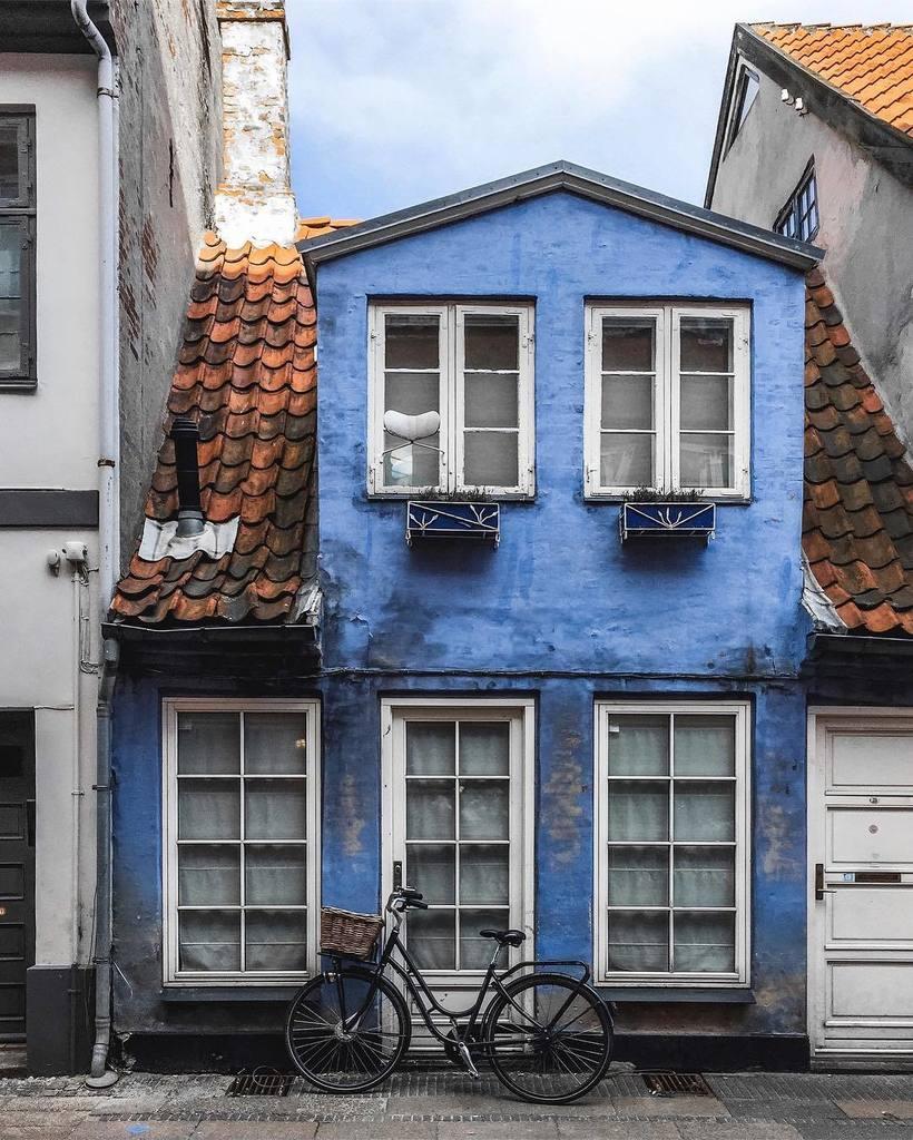 My favorite little house in Helsingør 😍 https://t.co/46bhwDiqvv https:...