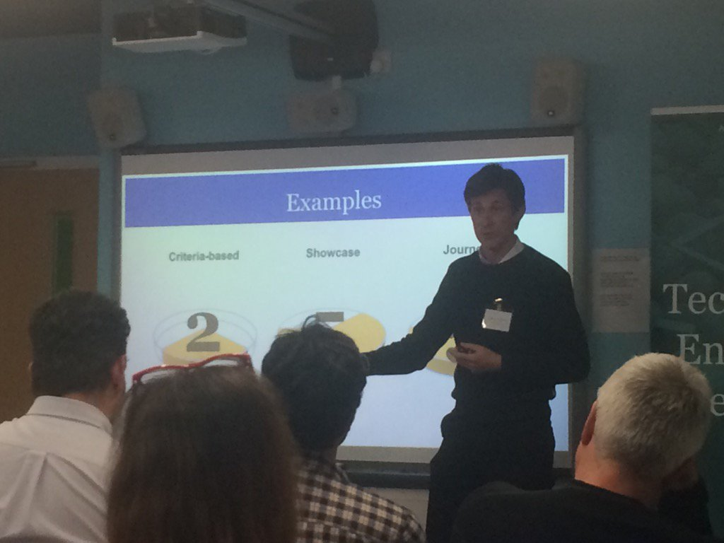 @AntonyCoombsHE talks how #mahara complements their #moodle VLE for online assignment submission #MUGSE https://t.co/MDnhr5pApM