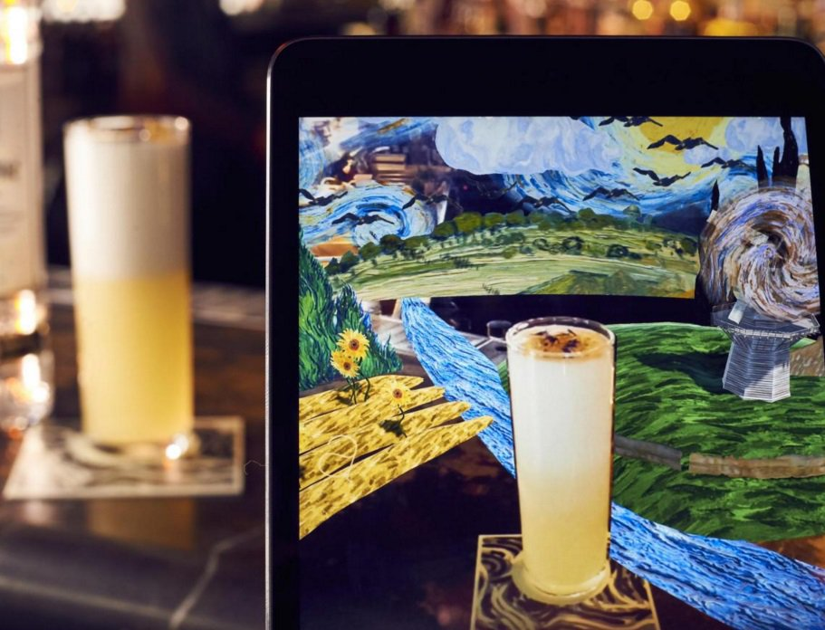 RT @ESgoingout: Jason Atherton launches world's first augmented reality cocktail menu https://t.co/HV1Sk7unvr https://t.co/vfh54KB1Lr