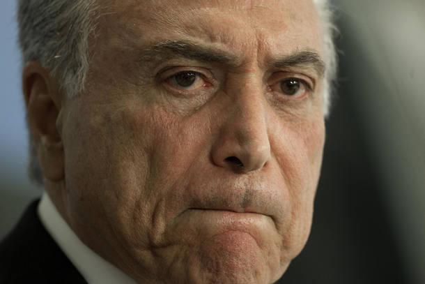 EXCLUSIVO: Para aprovar reformas, Planalto troca cargos por votos de partidos nanicos https://t.co/8MZQYPqq89