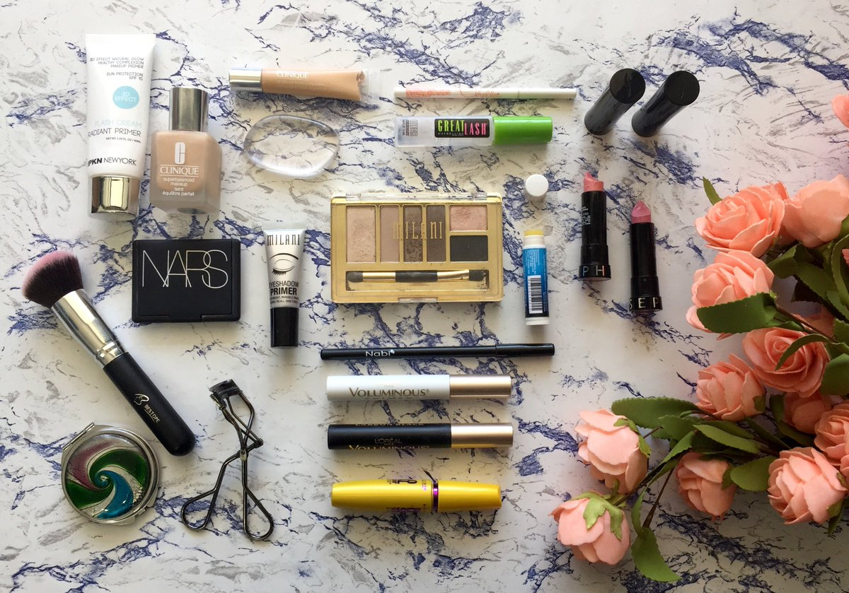 Be sure to Follow @BeautiShare for a chance to #win a @birchbox subscription!! #beauty #giveaway #contest #freestuff #makeup #skincare<br>http://pic.twitter.com/SX9kQioI0z