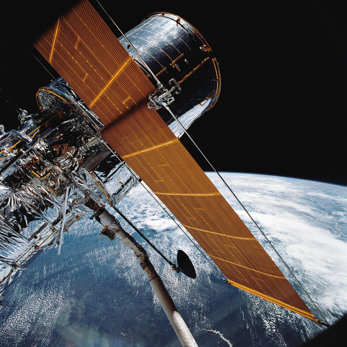 On this day in 1990, the #Hubble Space Telescope was deployed -- but with a fatal flaw.