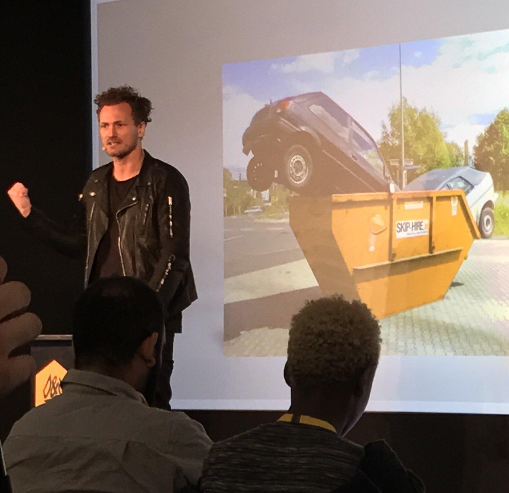 RT @mawiket: Listening in on briljant Thomas Kolster! @dandad #dandad17 #goodvertising @dogoodvertising https://t.co/bI2Yj3L44K