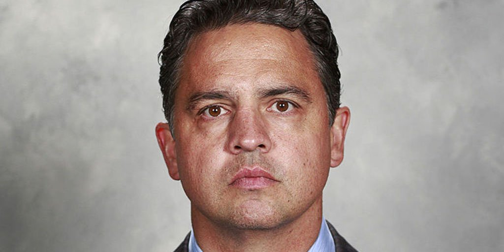 Report: Canucks to name Travis Green new head coach. https://t.co/cPFR...
