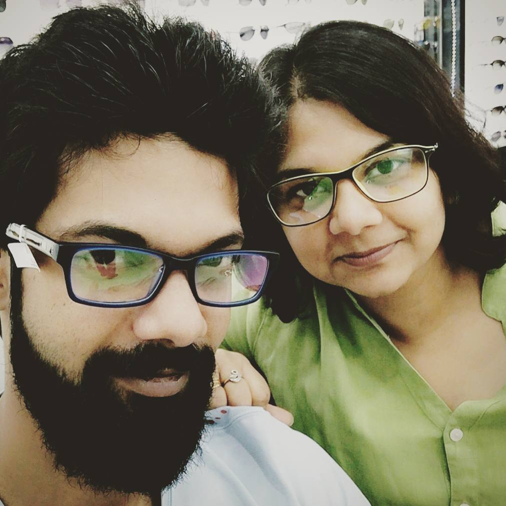 Sister &amp; I trying on some colorful frames!  . . . #shopping #frames #random #chilling #siblings #musicians #music…  http:// ift.tt/2ospoUl  &nbsp;  <br>http://pic.twitter.com/ifqTTzVh8m