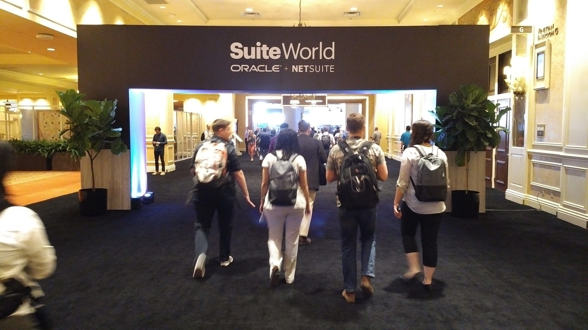 .@NetSuite rolls out the #BlackCarpet for #SuiteWorld17 attendees https://t.co/IHkJfFZomW