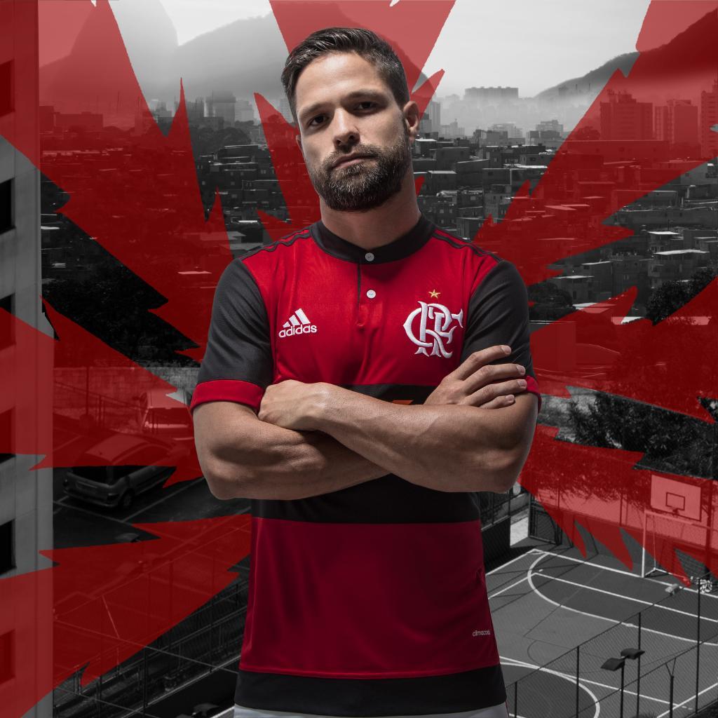 Se tu não fecha com o certo, boa sorte. Eis o manto sagrado 17/18 do @Flamengo. Exclusivo em: https://t.co/78ZQoKDIKB Dia 26.04. #NemMeViu