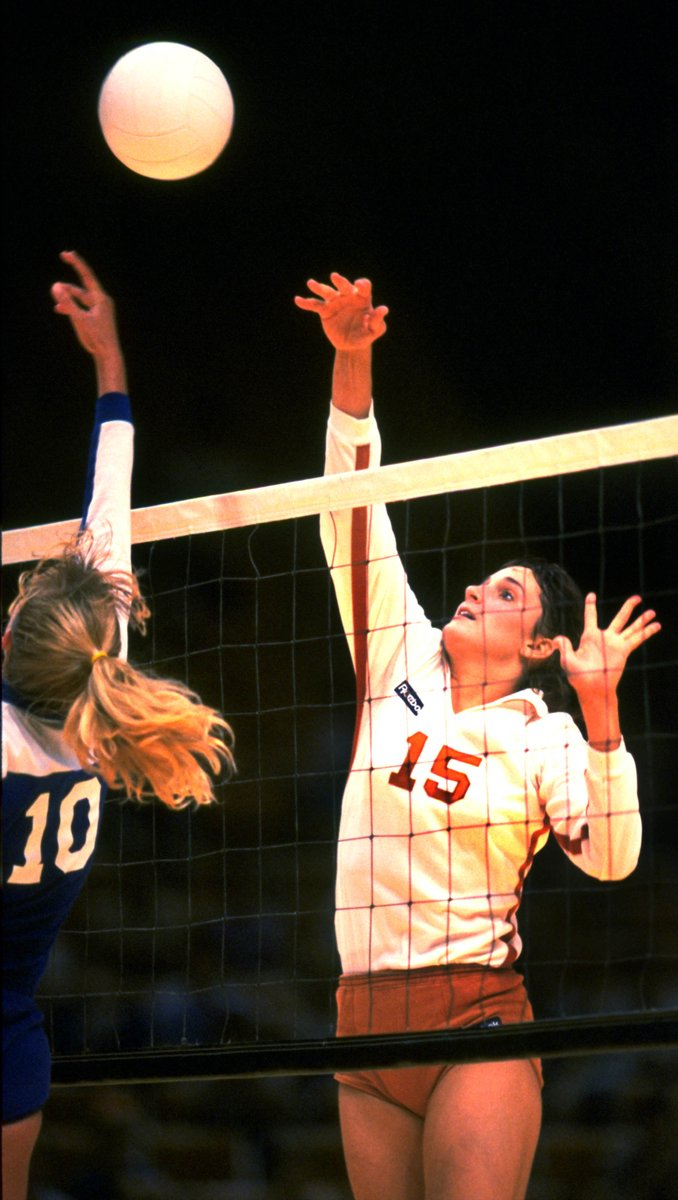 Texas Volleyball On Twitter Happy Birthday To Longhorn All American Dawn Davenport Begor 1985 88