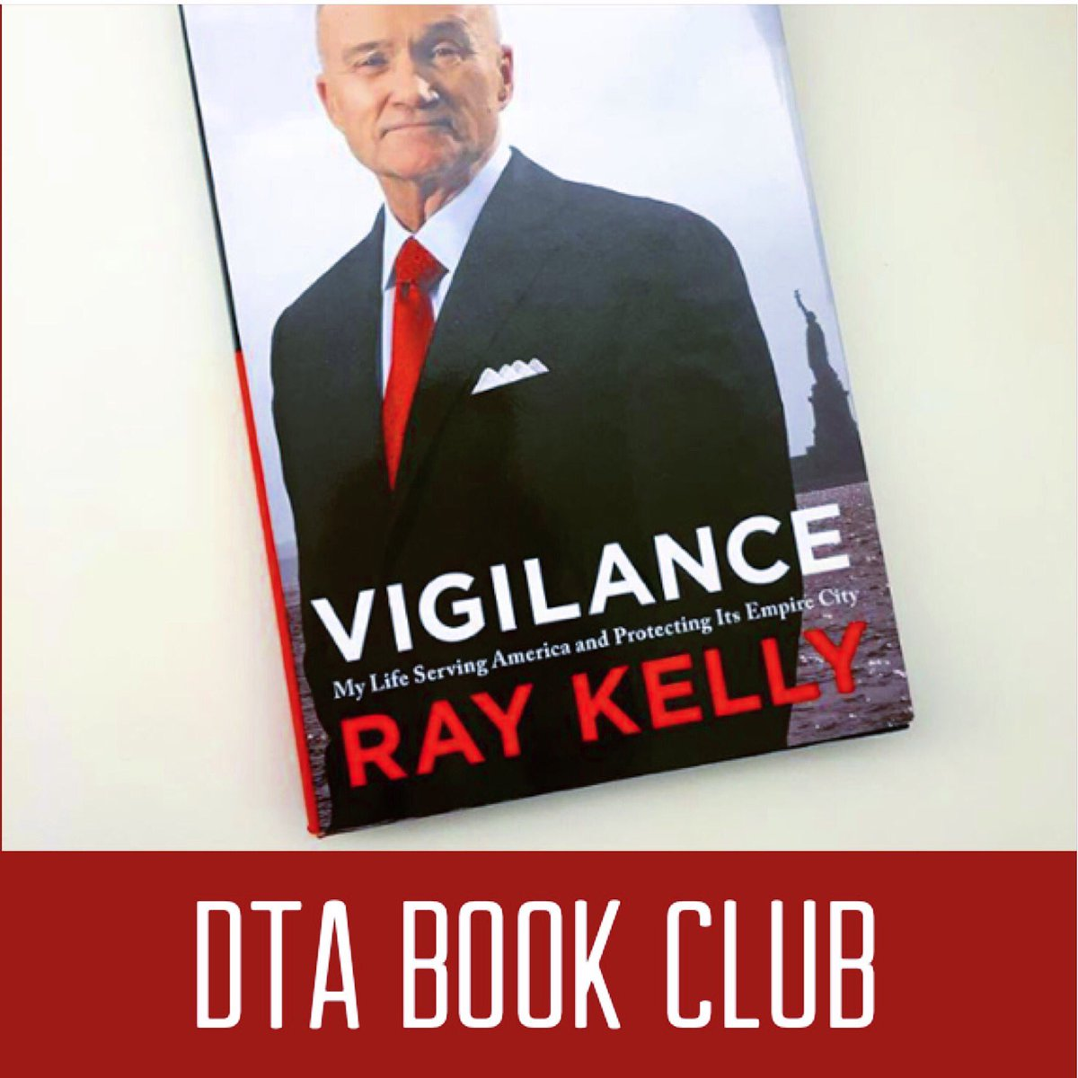 Join us for our first DTA Book Club! #downtownassociation #thedta #bookclub #booknerd #raykelly #vigilence : @hachettebooks<br>http://pic.twitter.com/S9sSTOzEGJ