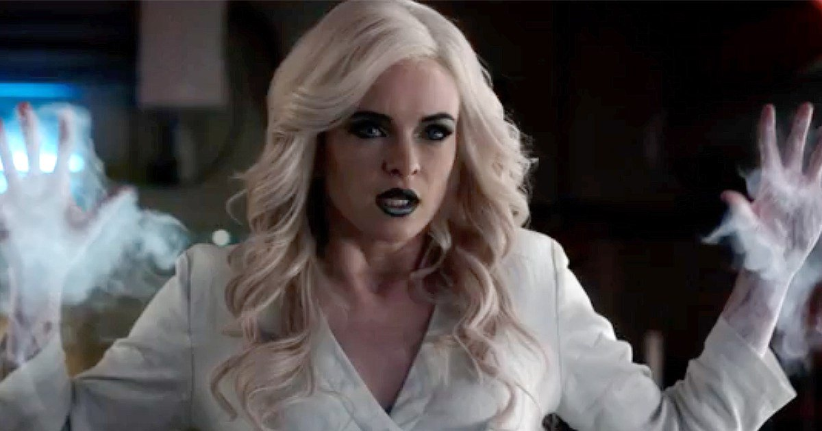 Killer Frost goes on the attack in this @CW_TheFlash sneak peek: https...