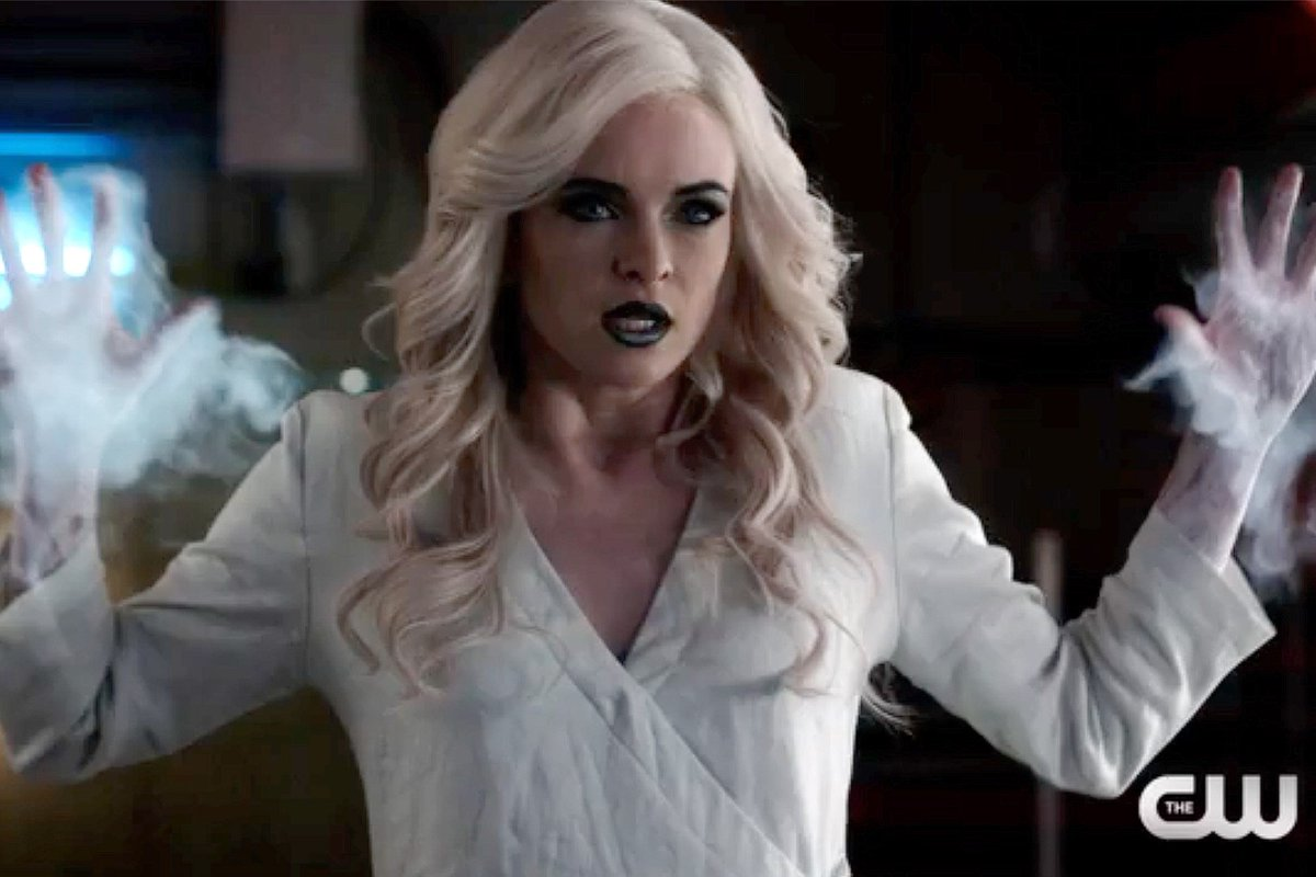 #TheFlash sneak peek: Killer Frost goes on the attack! https://t.co/SD...