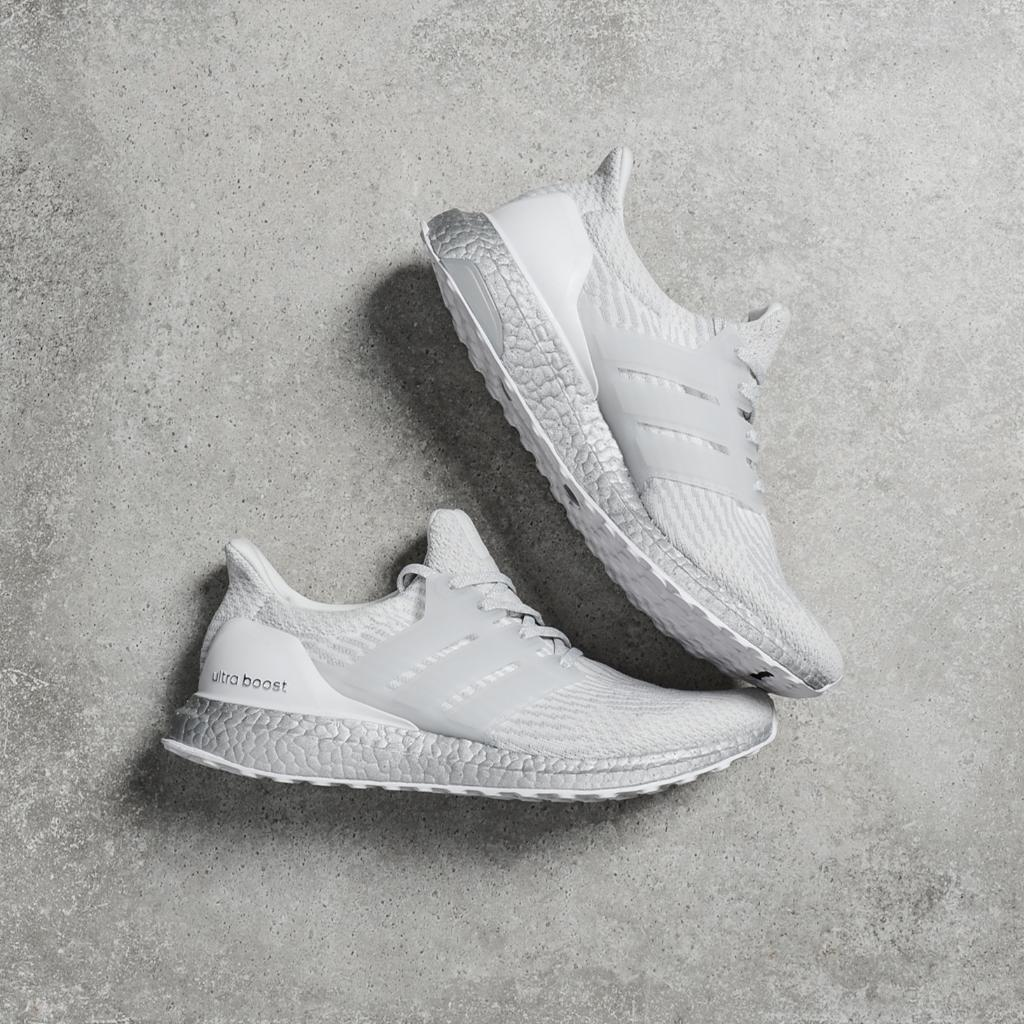 c56b8dc412418 The  adidas Ultra Boost 3.0 gets a silver Boost midsole and releases online  only tomorrow at 10 am EDT! LINK   http   spr.ly 60118extS pic.twitter.com   ...