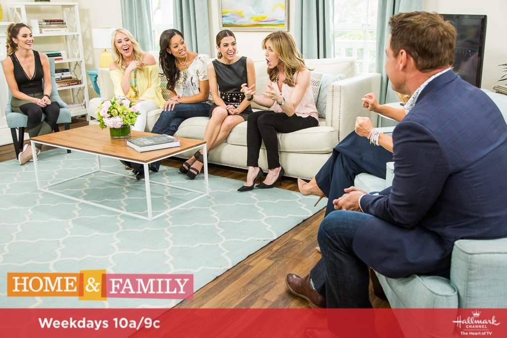What was your biggest mommy fail? It&#39;s the topic of our #FamilyTime! Hear our families stories TMRW at 10a/9c on @hallmarkchannel!<br>http://pic.twitter.com/7VJBiwgQ1D