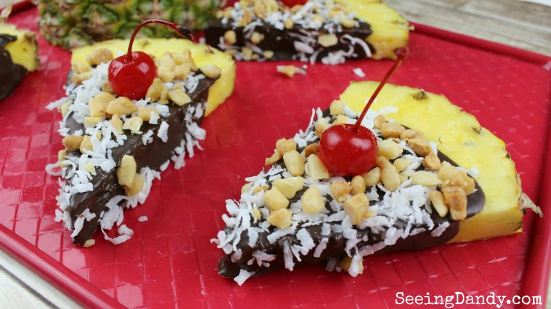 Get all the details for making this dandy treat #ontheblog HERE:  http:// bit.ly/2deyURZ  &nbsp;   #recipes #foodie #pineapples #chocolate #nomnomnom<br>http://pic.twitter.com/Tw9F3NFuOJ