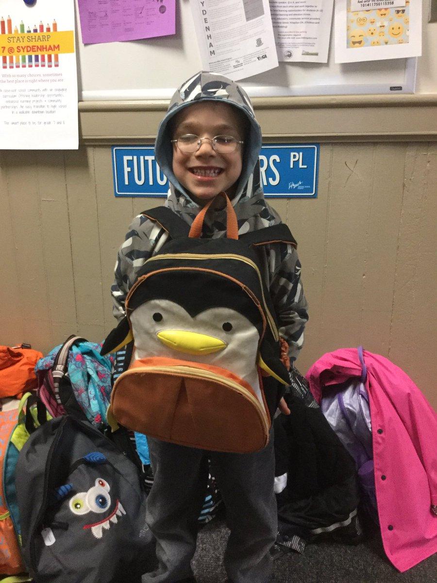 Someone is a fan of penguins! #WorldPenguinDay @MrsRankine_LDSB 🐧🐧 htt...