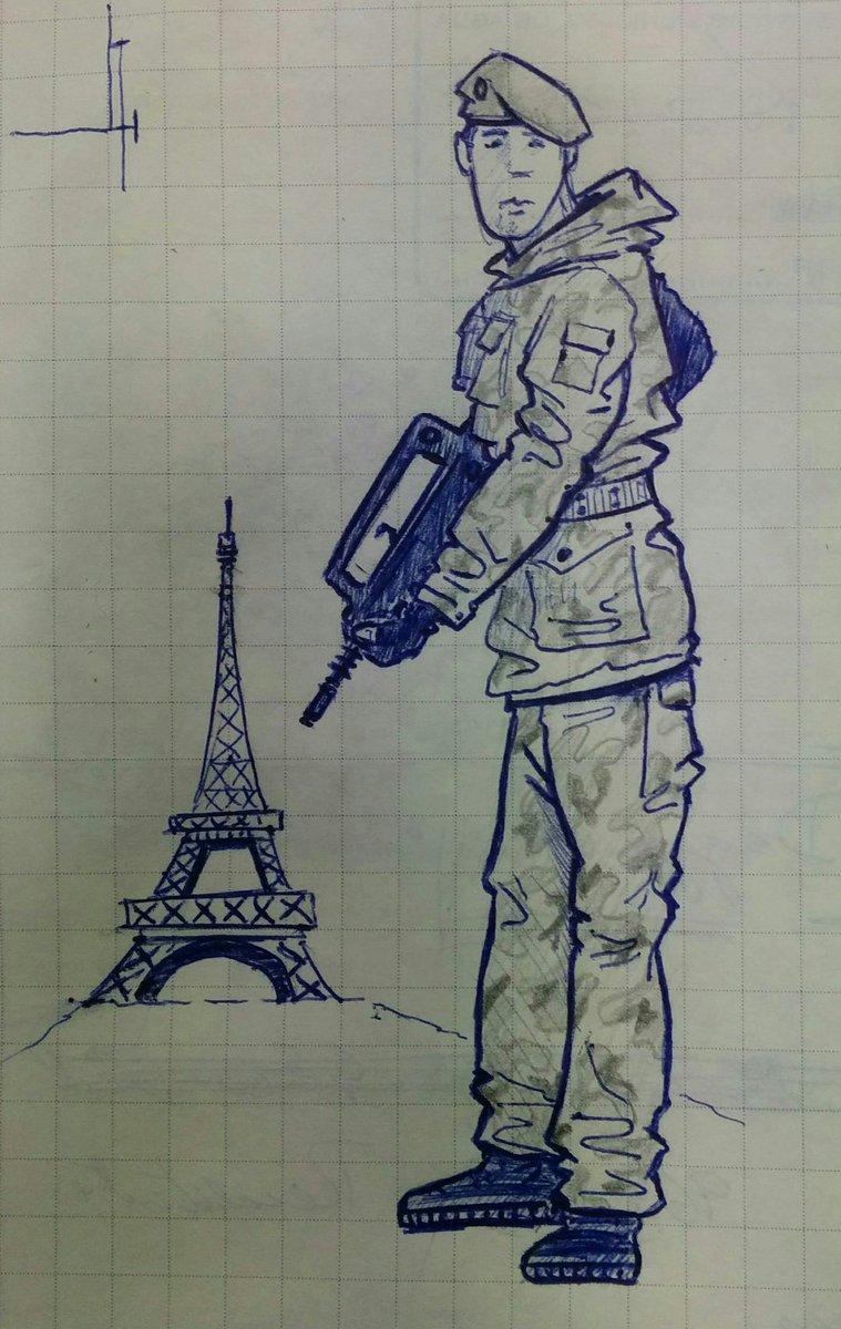 French soldier #Vigipirate <br>http://pic.twitter.com/zEszcq28KO