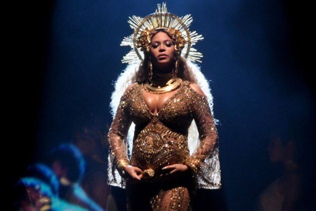 Beyonce is helping young women go to college https://t.co/J8LfsREve0 h...