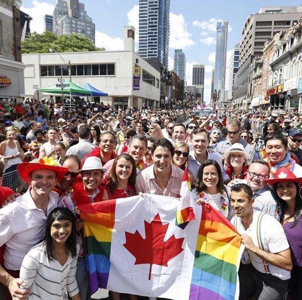 캐나다에서는 총리가 '동성애자 퍼레이드'에 참가한다 https://t.co/Gzxq936xkK