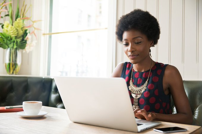 These 10 companies are hiring - AND will let you work from home: https://t.co/aSKeuKpvce
